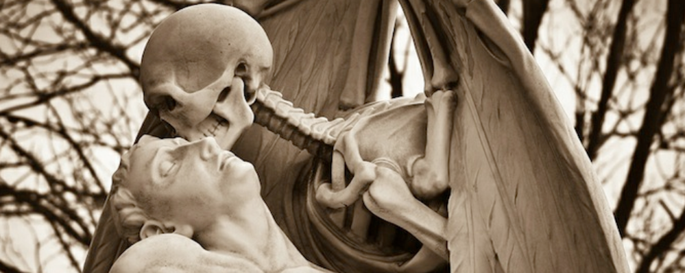 Kiss of Death Sculpture, Barcelona, Spain